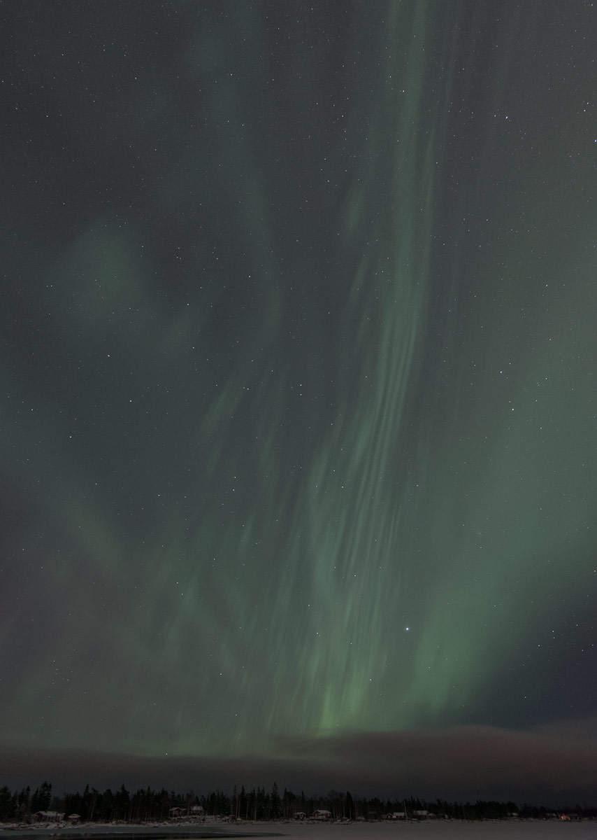 Polar light on the night of solstice