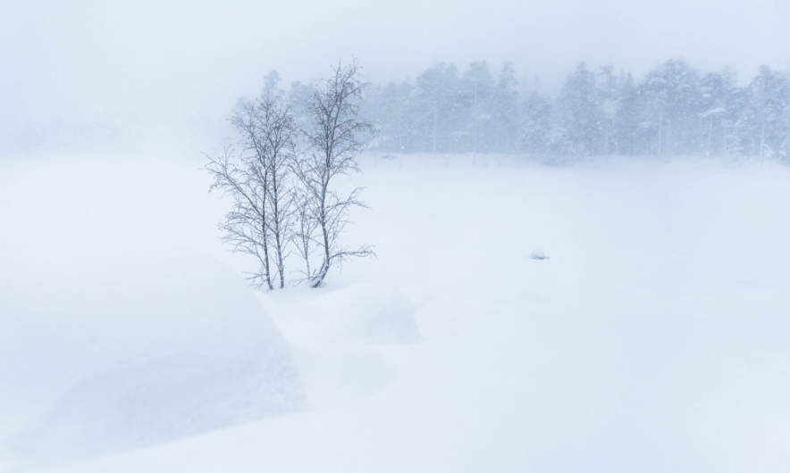 Heavy snow at the lake Rudtjärnen