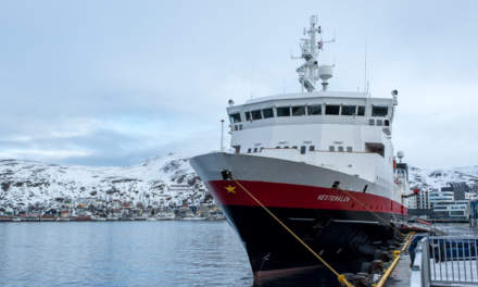 Hammerfest: Hurtigruten ship