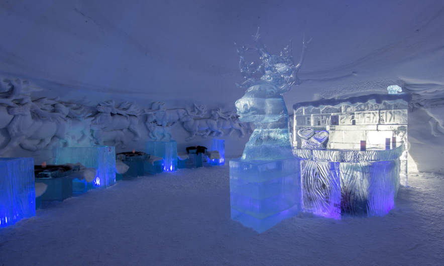 Kirkenes Snow Hotel: The lobby