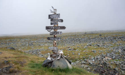 The Nallo signpost
