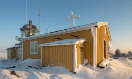 Bjuröklubb light house II