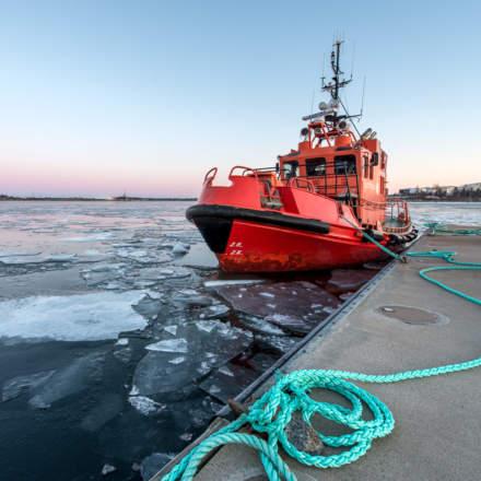 A pilot boat in Skelleftehamn