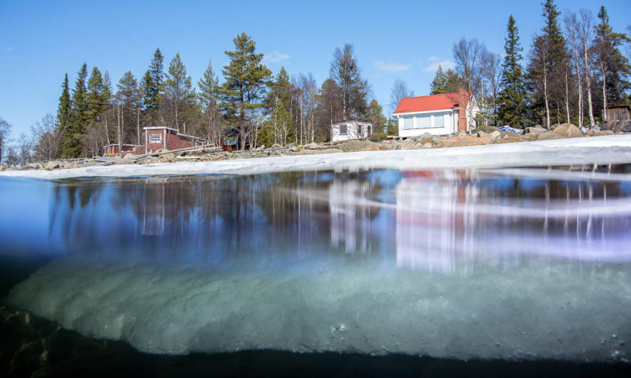Klubben – ice above and below the water surface