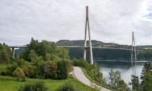km 10 – Skarnsundbroa near Mosvik crossing the Skarnsundet.