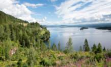 km 105 – The lake Snåsavatnet.