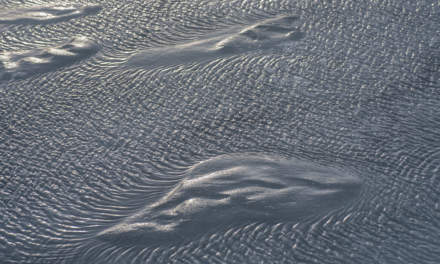 Tiny ripples on the meltwater