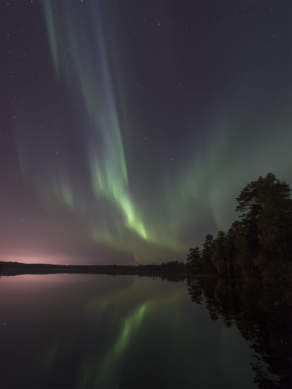 Aurora above the lake Snesviken III
