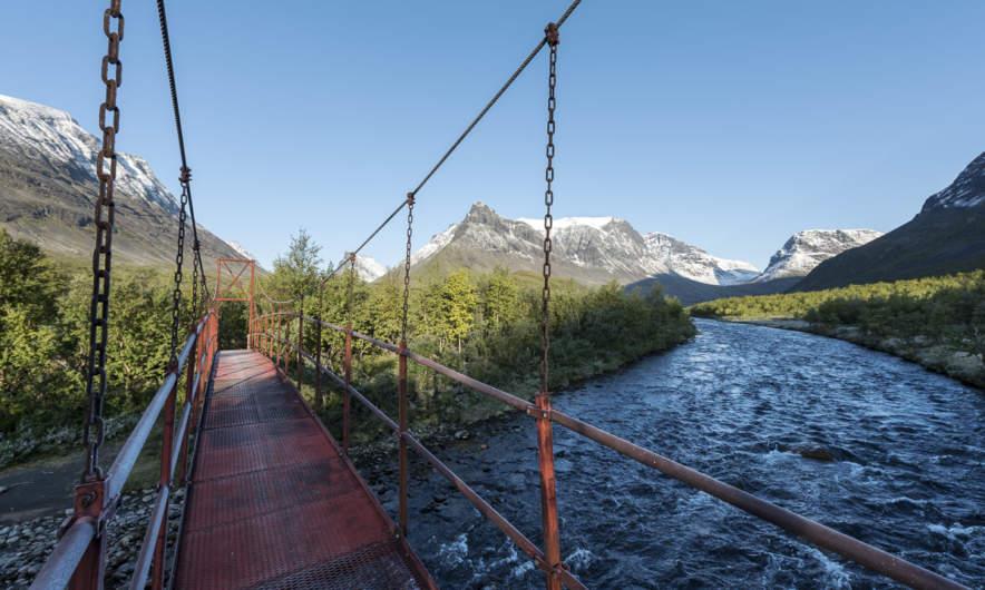 Bridge over Visttasjohka