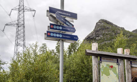Signpost. The names are in sami language