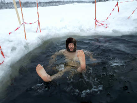 The blog author bathing in the ice hole II