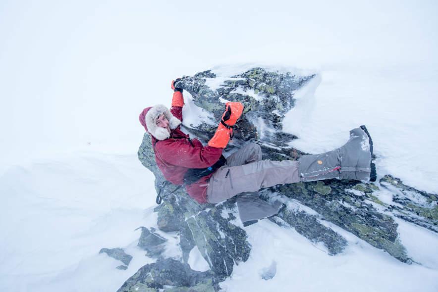 Jonas bouldering