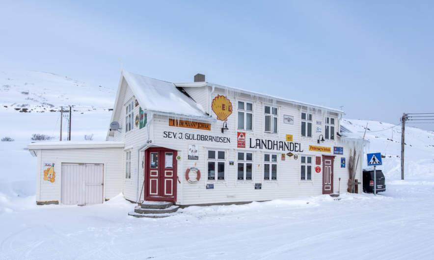 Kongsfjord Landhandel & Cafe