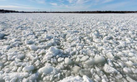 Crushed ice in Skellefteå Hamn I