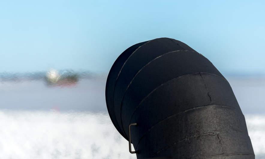 Funnel emitting hot air