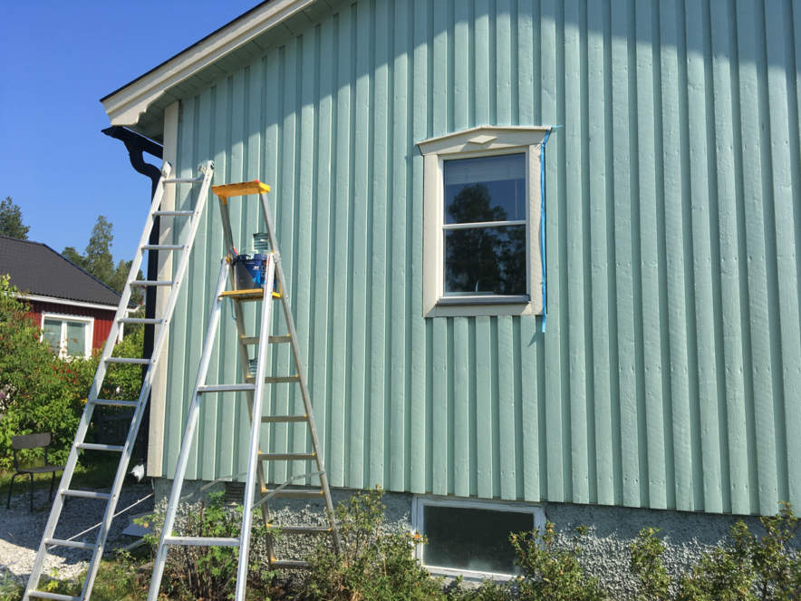 My freshly painted house (mint version)