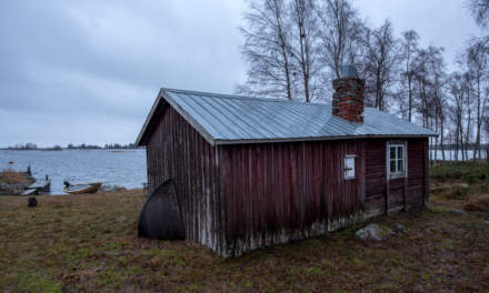 Wooden shed at the southern tip of Ängesön