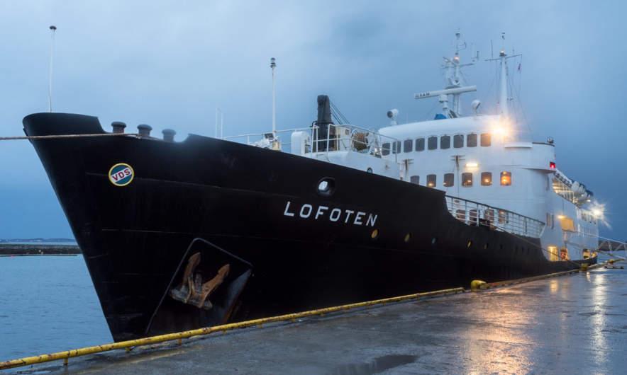 MS Lofoten in Brønnøysund