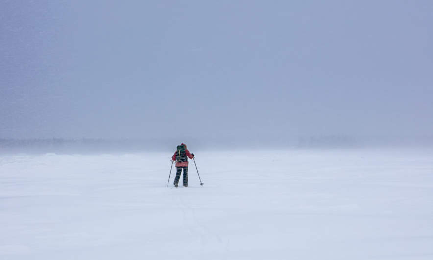 Skiing through wind and snow (Photo by Apollonia Körner)