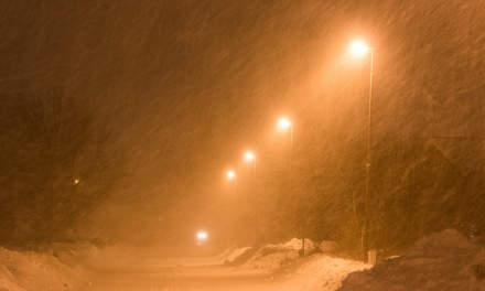 Whirling snow in my street Tallvägen