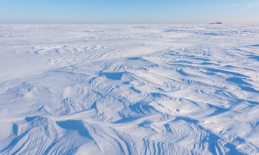 Snow to the horizon