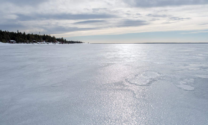 Sea ice between Bredskär and Gråsidan