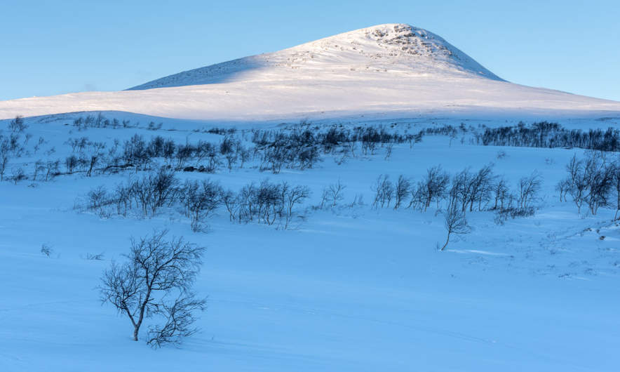 The mountain Skijrátjåhkka