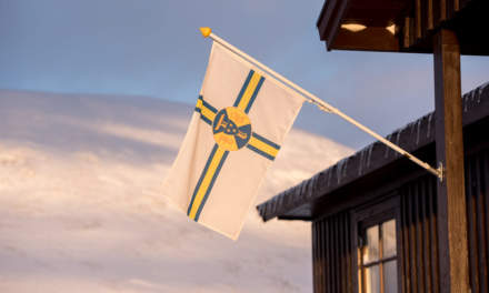 The flag of the STF – the Swedish tourist association