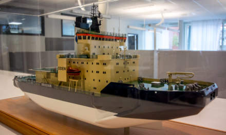 A model of the icebreaker Oden