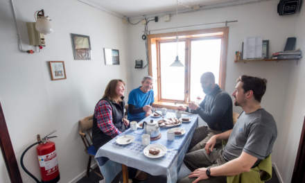 Fika – from left to right: Svitlana, Ebbe, Arne, Jonas