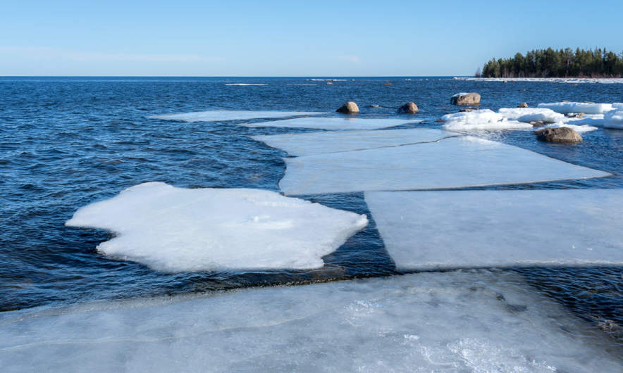 Some remaining ice floes
