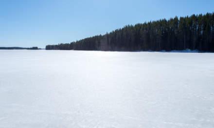 The lake Falmarkträsket –ice at the bathing place in Långviken