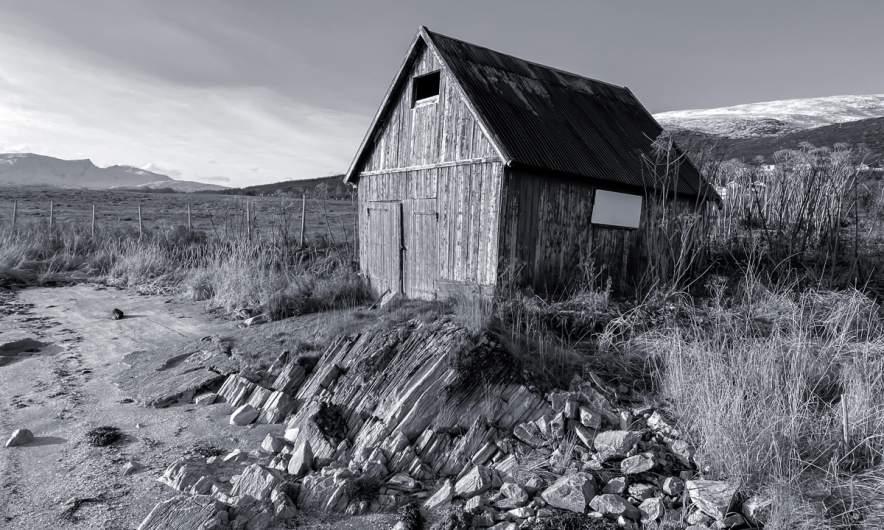 Tromsøb/w – Cabin I