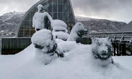 Helmer Hanssen sculpture, Tromsø