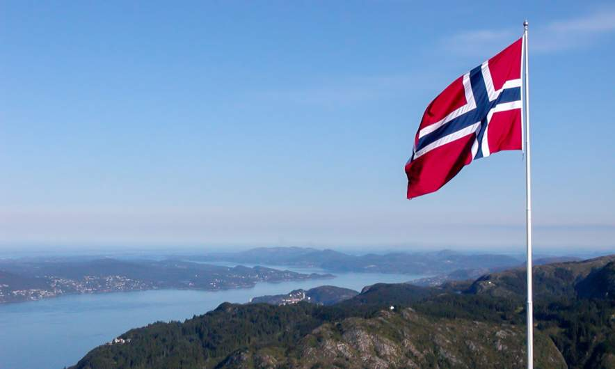 August 2005, Bergen: Norwegian flag