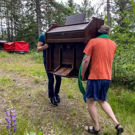 Transport of the pump organ I