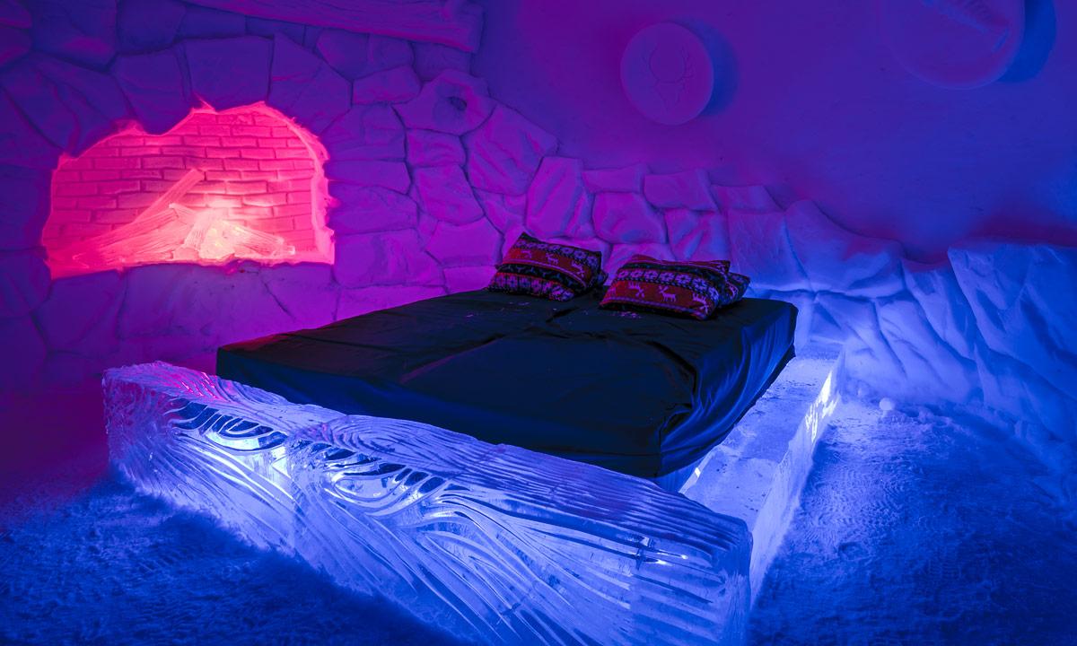 Kirkenes-Snow-Hotel-1-width-700-height-350.jpg